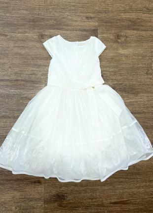 Платье новое ceremony 122 см