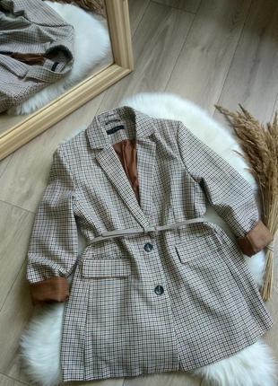Amisu актуальний подовжений прямого крою оверсайз жакет піджак блейзер в клітинку / гусячі лапки в стилі zara р. s/m/l4 фото