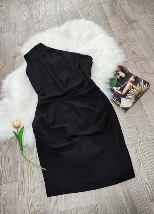 Женское деловое платье на одно плече