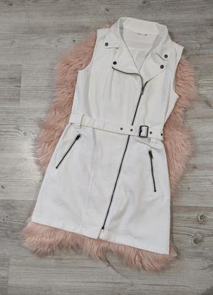 Белый джинсовый сарафан платье