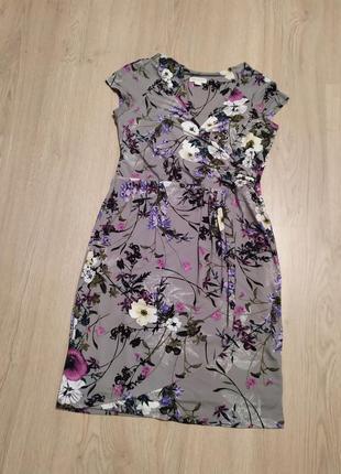Красивое фирменное платье в цветочный принт р.48/52 . monsoon