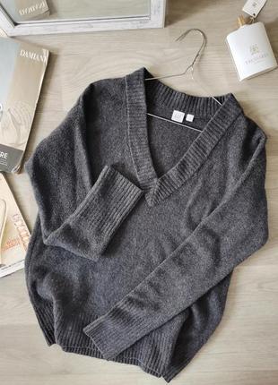Стильный пуловео от gap