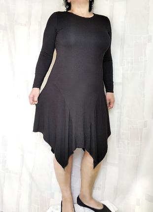 Лаконичное черное платье с фигурным низом, 96% вискозы