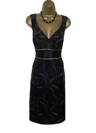 Шёлковое платье с серебристой отделкой monsoon