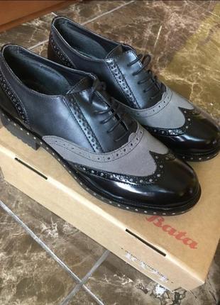 Туфлі шкіряні bata italia