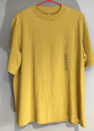 Плотна футболка uniqlo