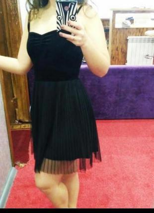 1+1=3 маленькое чёрное платье