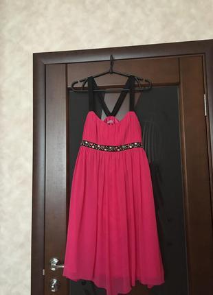 Красивейшее брендовое нарядное платье. недорого. супер! на 50-й р-р