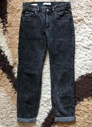 Джинсы mom jeans pull&bear