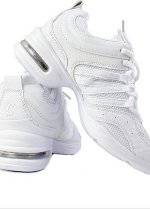 Акция распродажа кроссовки кеды для танцев/спорта джазовки стелька 24см