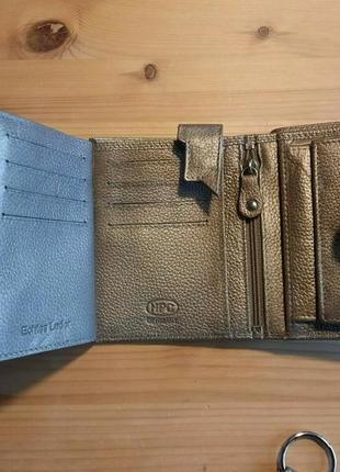 Кожаный качественный фирменный кошелек портмоне