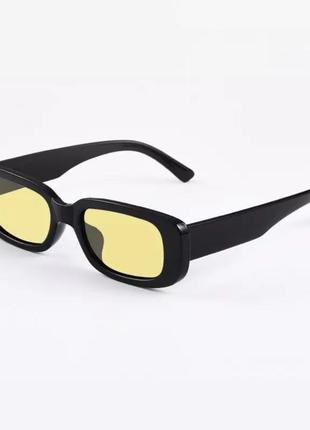 Солнцезащитные очки с жёлтыми линзами