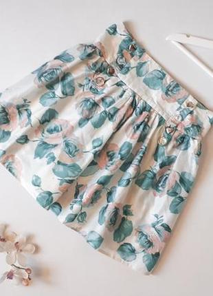 Легкая хлопковая юбка котоновая юбка на талию в цветочный принт с красивыми пуговками сердечками