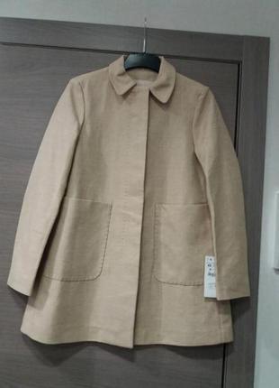 Стильное пальто из вискозы zara