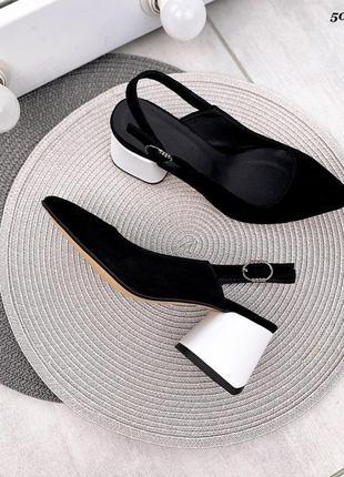 Замшеві туфлі з відкритою пяткою гострим носиком на каблуках замшевые туфли с острым носиком