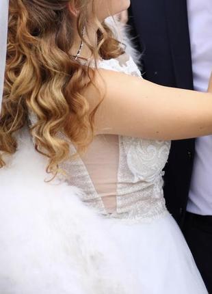 Платье женское свадебное белое мерцающее без рукава пышное 42 44 46
