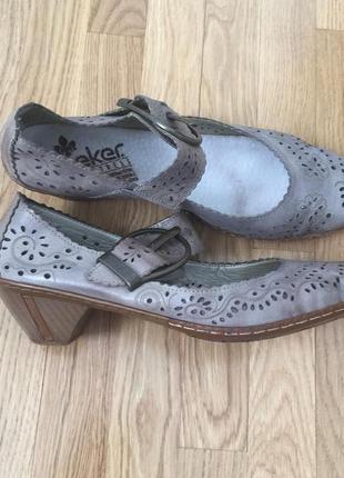 Летние туфли  кожа rieker 41 размер босоножки мегаудобные