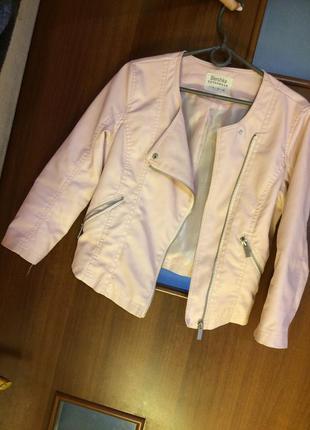 Косуха куртка кожанка пиджак верхняя одежда