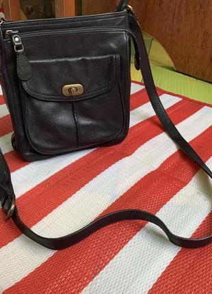 Бомбезная кожаная сумка clarks /кроссбоди/ через плечо/натуральная кожа