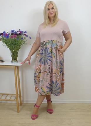 Пудровое женское летнее платье с растительным принтом из натурального льна