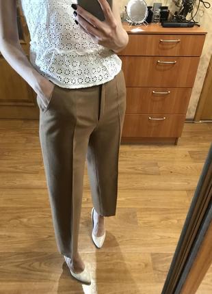 Шерстяные брюки в цвете camel классические со стрелками