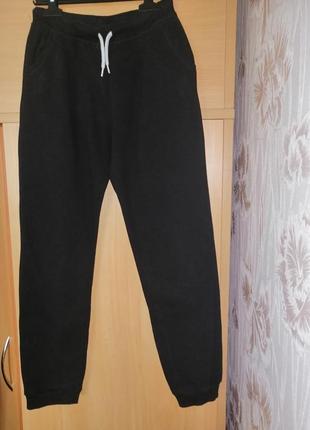 Спортивные штаны primark, спортивные трикотажные штаны на 12-13 лет, чёрные трикотажные штаны