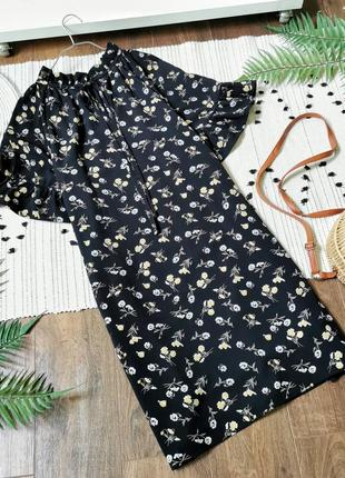 Чорне плаття в квіти fashion union черное свободное платье в цветы