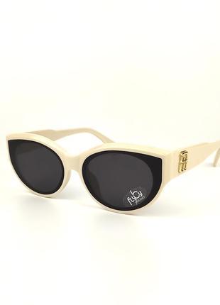 Солнцезащитные очки flyby «carolina» c молочной роговой оправой и черной линзой