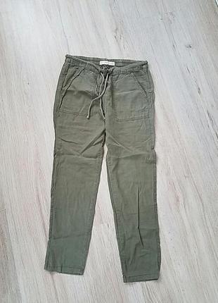 Легкие летние брюки mango
