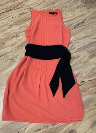 Платье с поясом topsecret