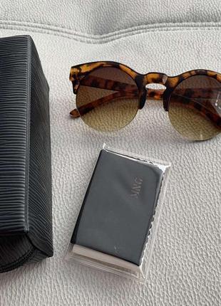 Стильные очки mango
