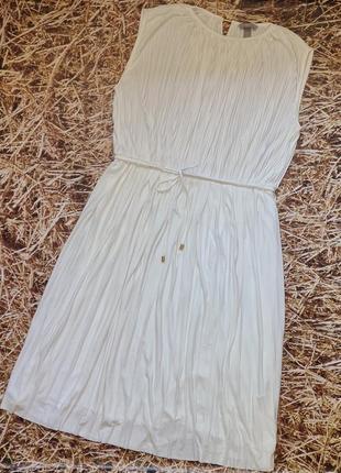Новое плиссированное платье h&m