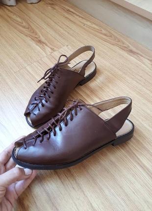 Шкіряні босоніжки, сандалі