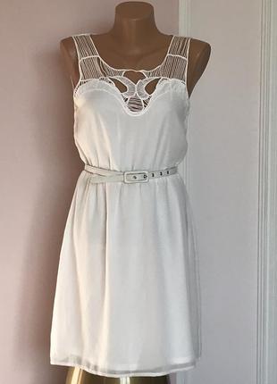 Стильное платье миди amisu