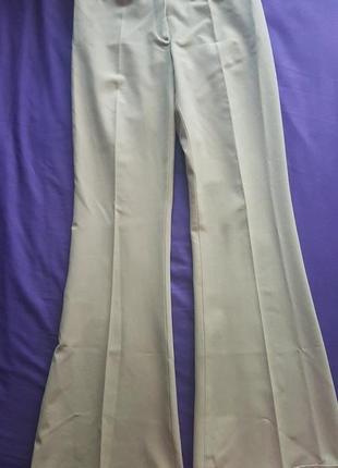 Класичні штани зі стрілками