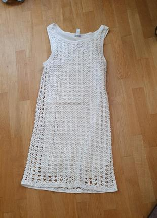 Бедое платье вьязаное в идеале