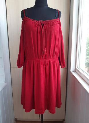 Шикарное трендовое вискозное платье большого размера.