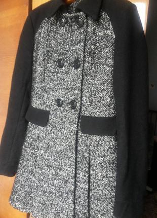 Стильное пальто от kira plastinina