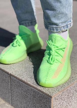 Кроссовки adidas yeezy 350 glow in the dark