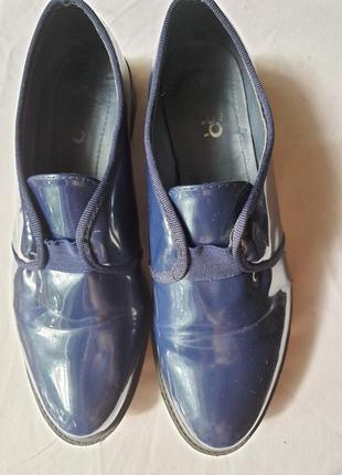 Удобные стильные фирменные туфли 38 р. 25 см