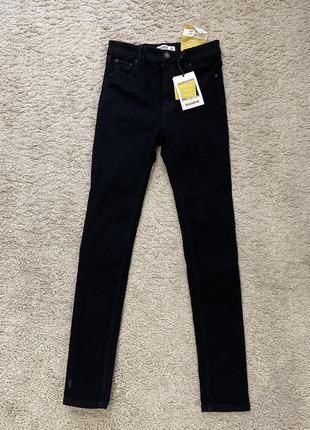 Новые чёрные джинсы высокой посадки