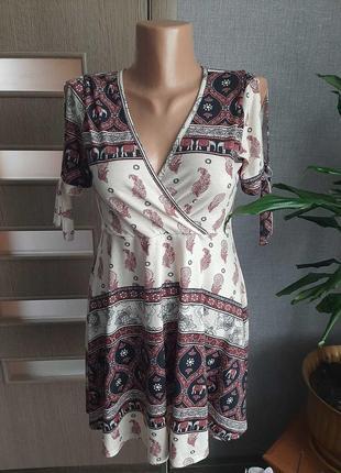 Дуже ніжне витончене платтячко в етно-стилі