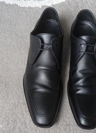 Туфли оригинальные от hugo boss р 43