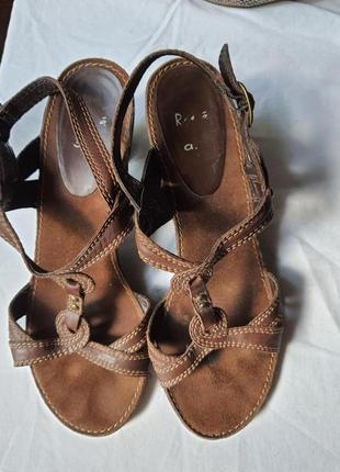 Кожаные, элегантные, комфортные босоножки бренда ara, р. 37