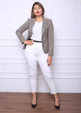 Базовые белые джинсы батал хххл