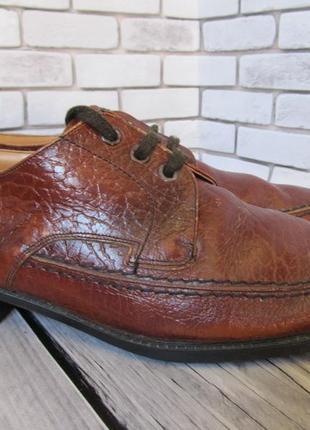 Кожаные туфли db