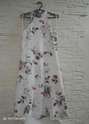 Восхитительное трендовое платье миди в крупные цветы