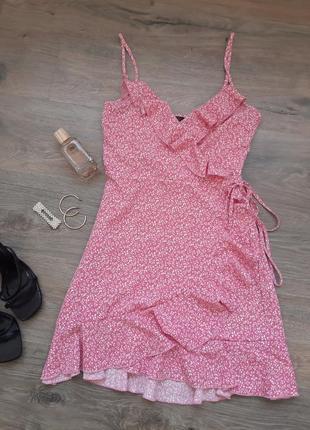 Нежное платье на запах