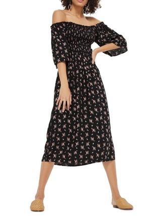 Красивое платье миди в цветочный принт