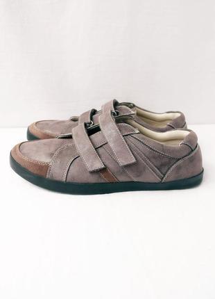 Новые(сток) легкие спортивные туфли damart. размер uk10/ eur 45.
